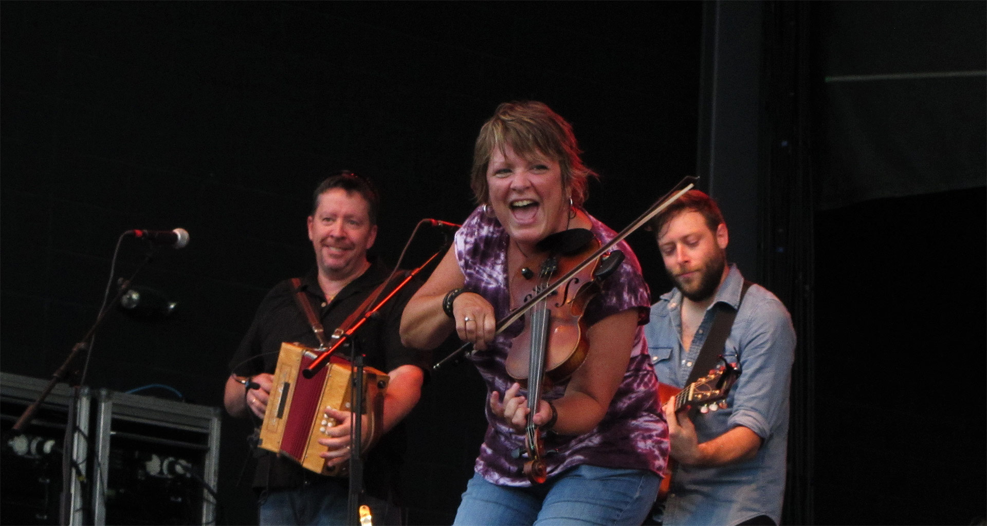 Eileen Ivers and band in concert